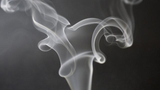 Дым не бывает чужим: чем опасно пассивное курение