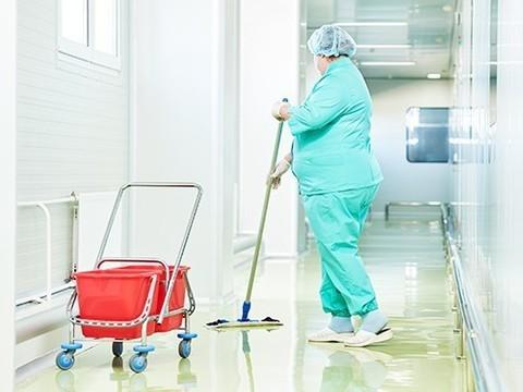 С внутрибольничными инфекциями будут бороться по-новому