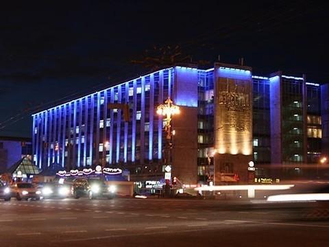Здания в центре Москвы и Петербурга подсветят синим в честь Дня аутизма