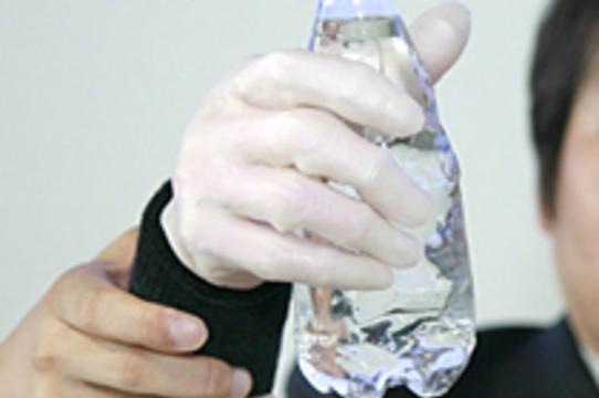 Разработан протез руки с [пневматической мускулатурой]