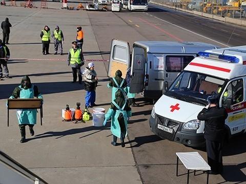 В российских аэропортах введен усиленный санитарный контроль рейсов из Китая