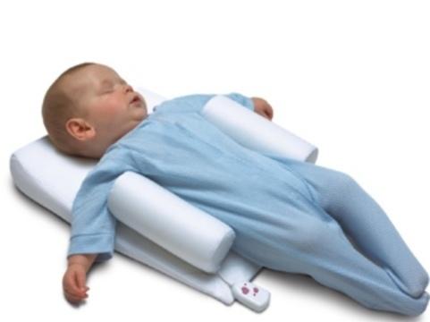 Устройства для фиксации спящих младенцев признали [опасными для жизни]