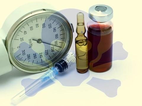 Лечение гипертонии обычно начинают с менее эффективных и более токсичных препаратов