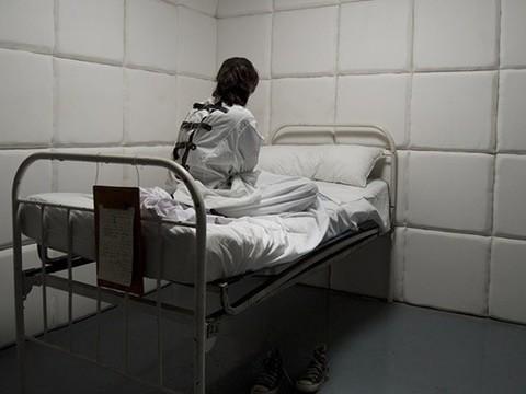 В Госдуме снова обсуждаются усиление контроля за психически больными и принудительное лечение