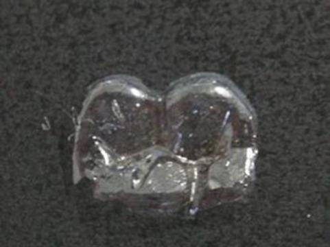 Японские ученые создали [искусственную зубную эмаль]