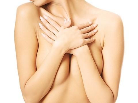 Женщины с высоким риском развития рака груди отказываются от превентивной терапии