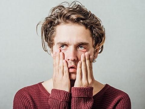 75% людей чувствуют себя несчастными в первой половине дня