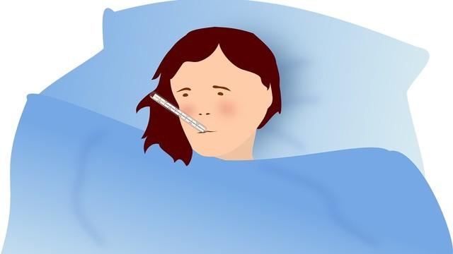 Госпитализированные пациенты с COVID-19 здоровее и моложе больных гриппом