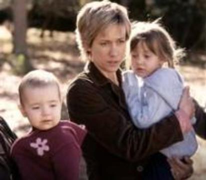 У матерей-героинь рождаются дети с задержкой развития