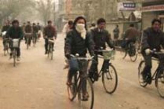 Атипичная пневмония поразила весь Китай