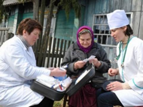 [Госдума разрешила] сельским медикам дежурить на дому