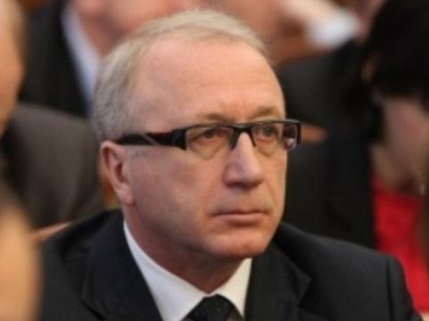 Губернатор Калининградской области [назначил министра здравоохранения]