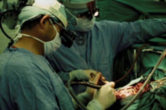 В американской больнице провели три операции на мозге не с той стороны