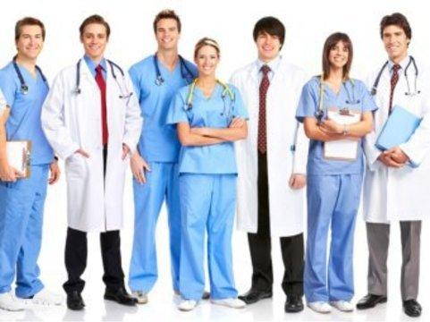 Российских врачей [обяжут вступать в медицинские ассоциации]