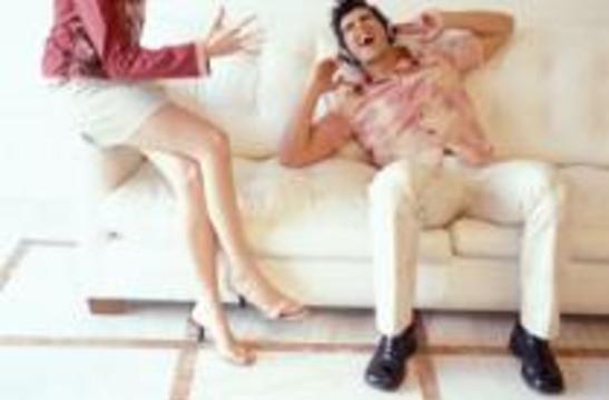 Мужчина действительно не всегда способен расслышать женщину