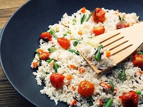 Японцы рекомендуют съедать сначала рыбу, а потом рис