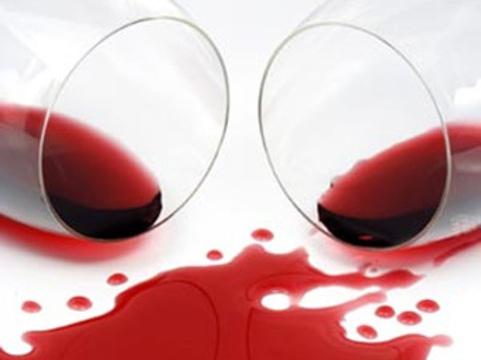 Ученого уличили в [фальсификации данных о пользе красного вина]