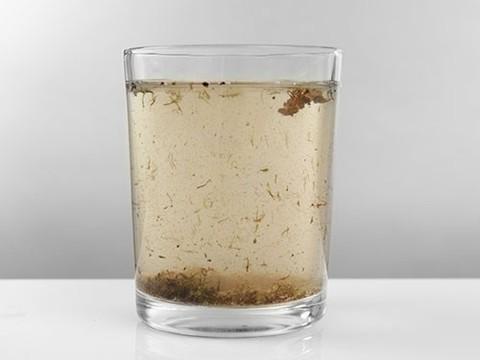 Бактерии, промотходы и фармакологические вещества: питьевая вода небезопасна во всем мире