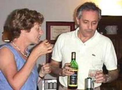 Любители вина умнее, богаче и образованнее остальных