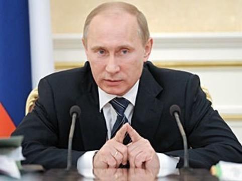 Президент РФ продлил [действие программы «Земской доктор»]