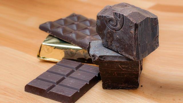 Шоколад: часть здорового питания или калорийная бомба с жирами и сахаром?