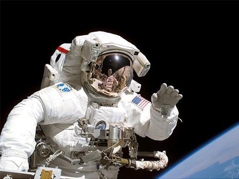 Космонавты часто страдают от болей в спине