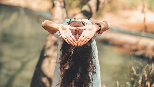 Йога может облегчить течение мигрени
