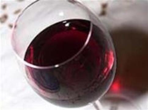 Алкоголь укрепляет женские кости