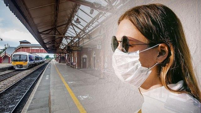 Какова вероятность заражения COVID-19 в поезде?