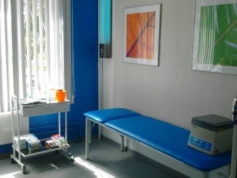 Даром, но за деньги: власти Москвы предложили коммерческую альтернативу поликлиникам