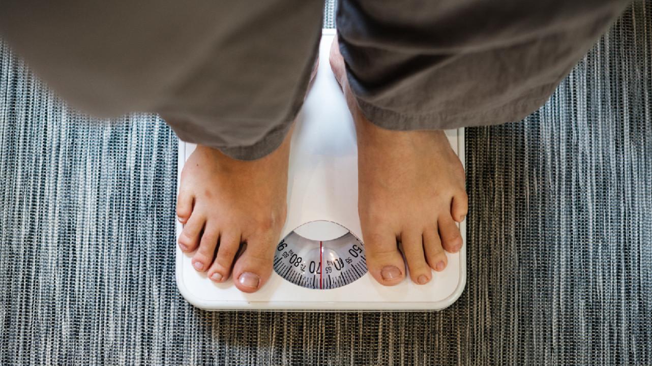 Ожирение связали с низким уровнем антител против коронавиурса