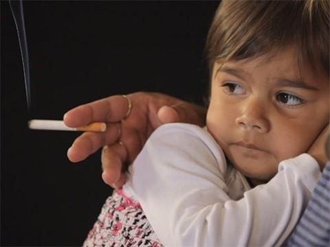 Пассивное курение связано с храпом у детей