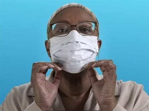 ВОЗ выпустила ролик, в котором показала, как правильно носить маски