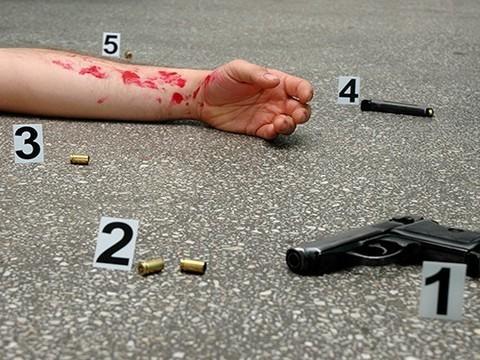 Мужчина ранил заместителя главврача больницы РЖД и застрелился у него в кабинете