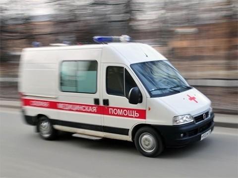 Двое мужчин угнали «скорую», избив водителя