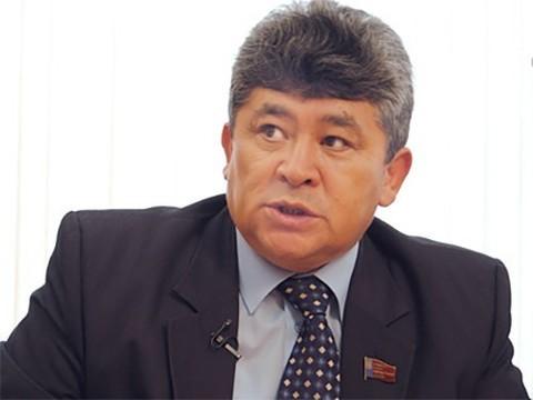 На Алтае депутата обвинили в незаконной продаже фармпрепаратов