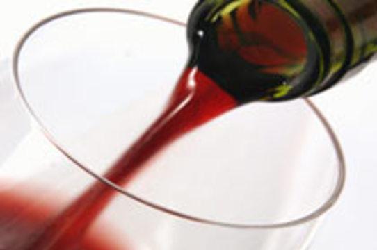 Употребление алкоголя [защищает от ревматоидного артрита]