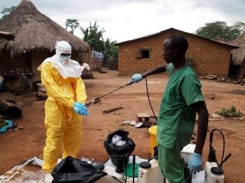 Африканские студенты в России остаются под контролем врачей [из-за угрозы лихорадки Эбола]
