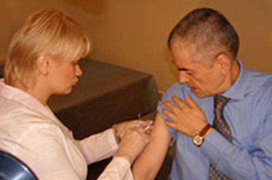 Онищенко пообещал ликвидировать в России гепатит B [за три года]
