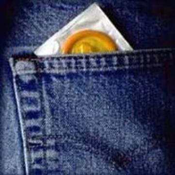 Американские геи и бисексуалы перестали пользоваться презервативами
