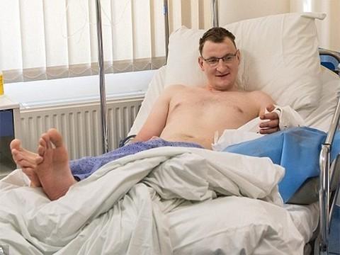 В Польше впервые пересадили руку взрослому мужчине, родившемуся без нее