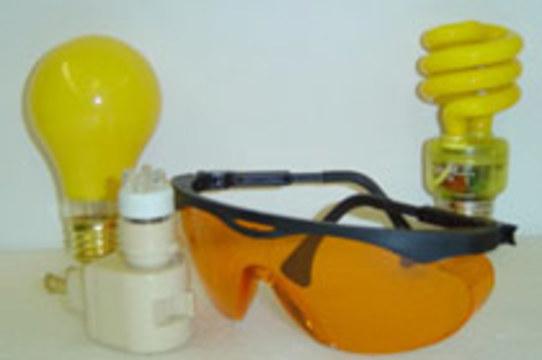 Очки со светофильтром [помогают при гиперактивности]
