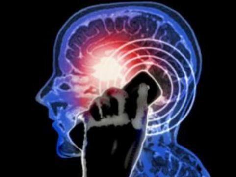 [Эксперты ВОЗ подтвердили связь] между использованием мобильников и опухолями мозга