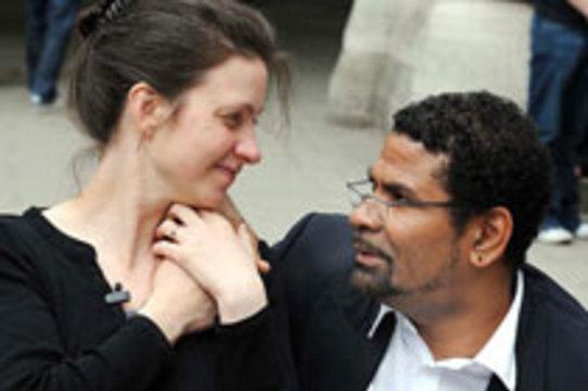 [Суд отказал в судебной неприкосновенности] мужу желающей уйти из жизни британки