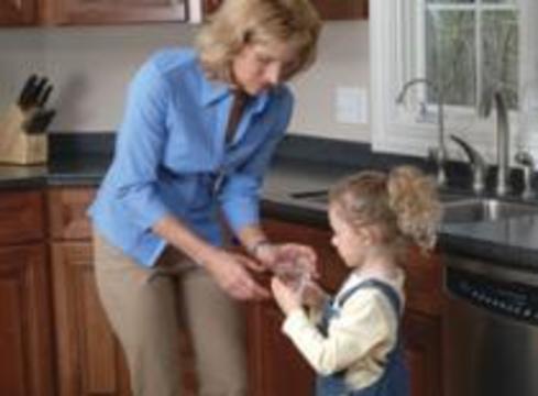 Многие российские матери не способны дать гигиенические знания своим дочерям