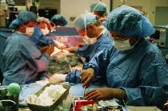 Из живота мальчика удалили близнеца-паразита