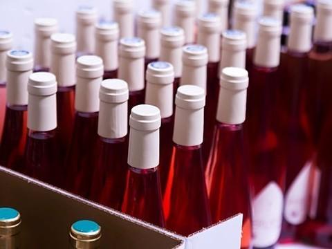 Минздрав отказался размещать «страшные» картинки на алкогольных напитках