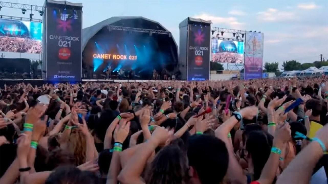 Свыше 2000 человек заразились SARS-CoV-2 на трех музыкальных фестивалях в Каталонии
