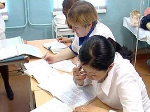 Украинским гинекологам приготовили [внезапную переаттестацию]