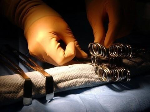 Австралийским врачам пришлось тушить возгорание в грудной полости пациента